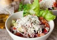 Izcili viegli vasaras salāti jeb Šopu salāti (fotorecepte)