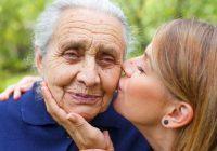 Vecmāmiņa nepameta mīļoto mazmeitiņu neaizsargātu pat pēc aiziešanas viņsaulē